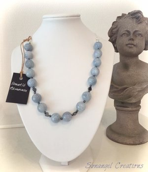 Halsband med akvamarin och hematit