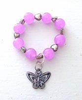 Barnarmband med rosa jade och söt berlock